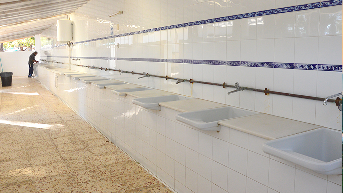 instalaciones-camping-mojacar-lavadero