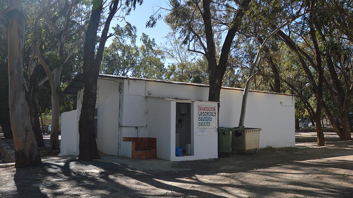 instalaciones-camping-mojacar-lavanderia